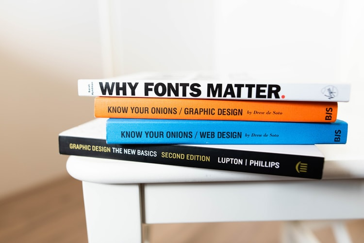 How to Become a Graphic Designer at Home
